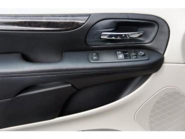 2012 Dodge Grand Caravan - Image 10