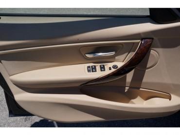 2016 BMW 3 Series - Image 9