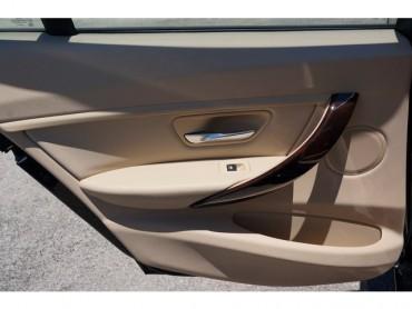 2016 BMW 3 Series - Image 16