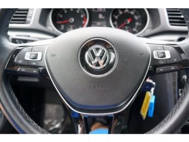 2016 Volkswagen Passat - Image 27