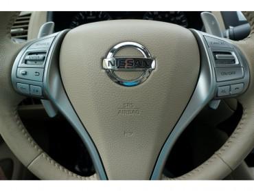 2016 Nissan Altima - Image 27