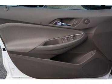 2017 Chevrolet Cruze - Image 9