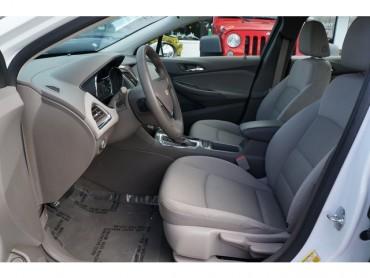 2017 Chevrolet Cruze - Image 12