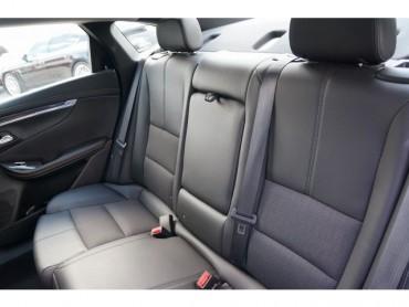 2017 Chevrolet Impala - Image 19