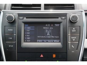 2017 Toyota Camry - Image 22