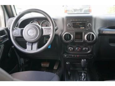 2015 Jeep Wrangler - Image 21