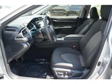 2018 Toyota Camry - Image 12
