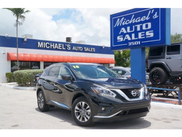 2018 Nissan Murano SV 4D Sport Utility  - 17438H - Image 1