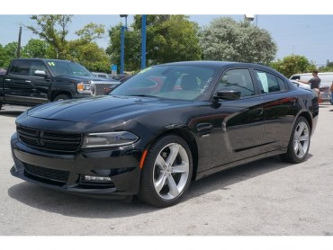 2017 Dodge Charger - Image 2