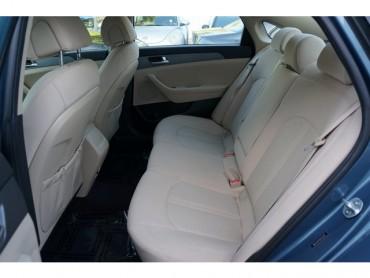 2017 Hyundai Sonata - Image 17
