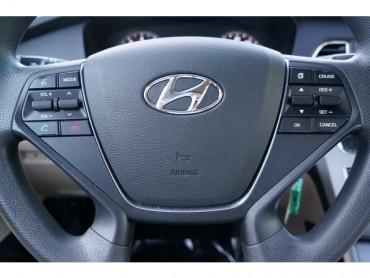 2017 Hyundai Sonata - Image 26