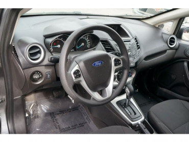 2018 Ford Fiesta - Image 11