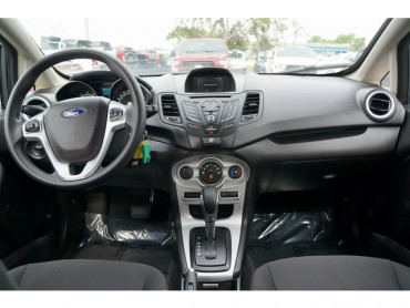 2018 Ford Fiesta - Image 19