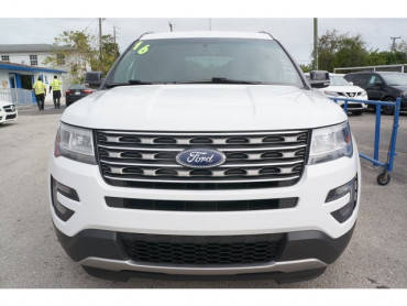 2016 Ford Explorer - Image 1