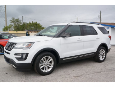 2016 Ford Explorer - Image 2