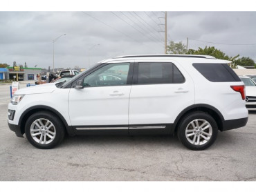2016 Ford Explorer - Image 3