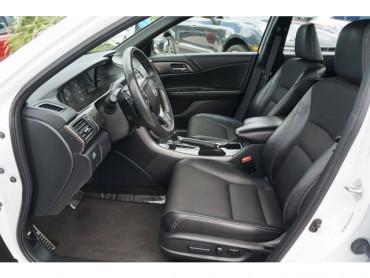 2016 Honda Accord - Image 12