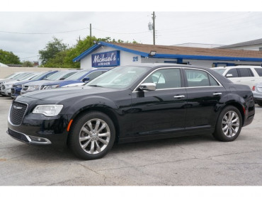 2018 Chrysler 300 - Image 2
