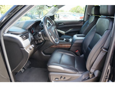 2018 Chevrolet Suburban - Image 12