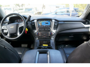 2018 Chevrolet Suburban - Image 19