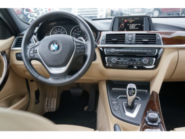 2016 BMW 3 Series - Image 18