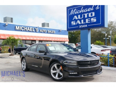 2018 Dodge Charger R/T 4D Sedan - 19105 - Image 1
