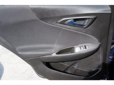2017 Chevrolet Malibu - Image 16