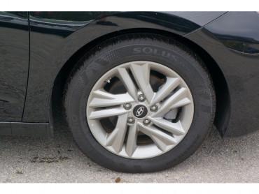 2020 Hyundai Elantra - Image 8
