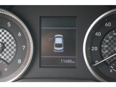 2020 Hyundai Elantra - Image 25