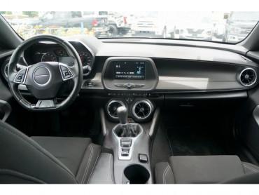2016 Chevrolet Camaro - Image 17