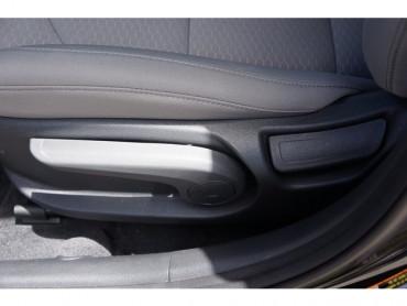 2019 Hyundai Elantra - Image 10