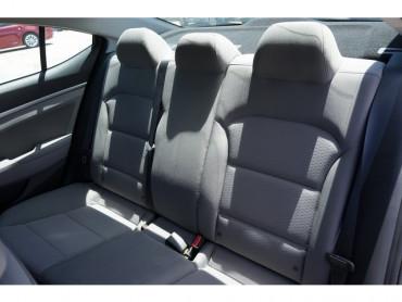 2019 Hyundai Elantra - Image 12