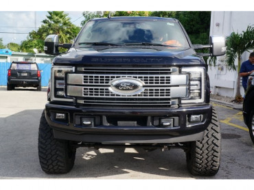 2019 Ford F-250SD - Image 1