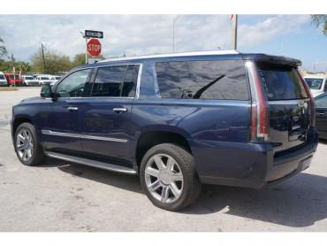 2017 Cadillac Escalade ESV - Image 4