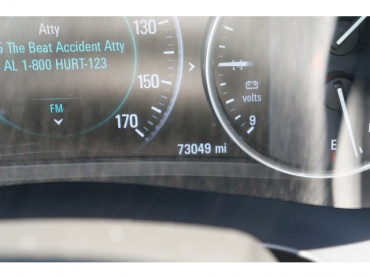2017 Buick LaCrosse - Image 28