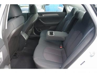 2019 Hyundai Sonata - Image 13