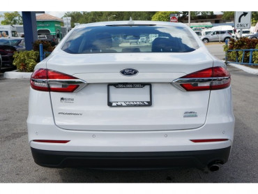 2019 Ford Fusion - Image 5