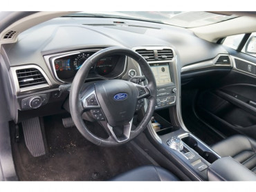 2019 Ford Fusion - Image 10