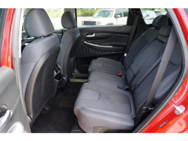 2019 Hyundai Santa Fe - Image 15